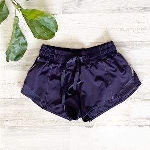Lululemon Hotty Hot Shorts - deep purple